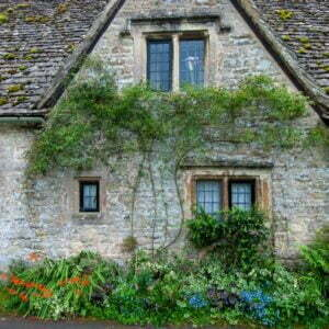 Stone roofed cottage in the Cotswolds in England